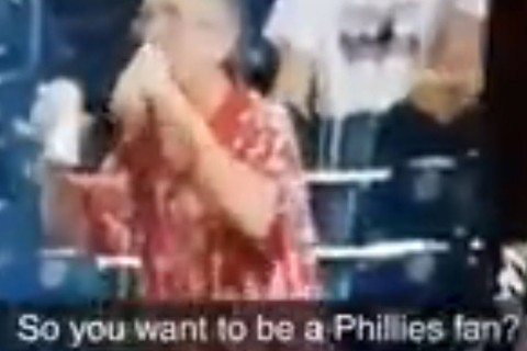 VIDEO: Phillies fan spends entire game double fisting beers